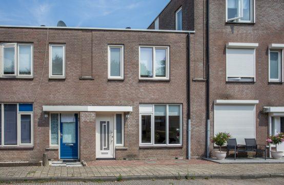 Pieternel Koomansstraat 4, 4822 WB Breda, Nederland
