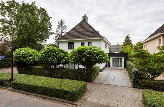 Jaap Edenlaan 3, 4731 NW Oudenbosch, Nederland